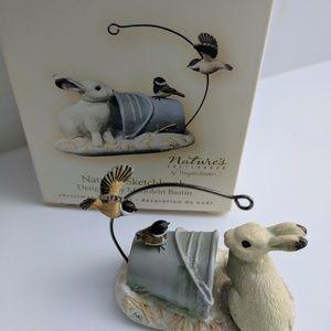 Hallmark ornament 'Mr. Rabbit with chickadees' '07